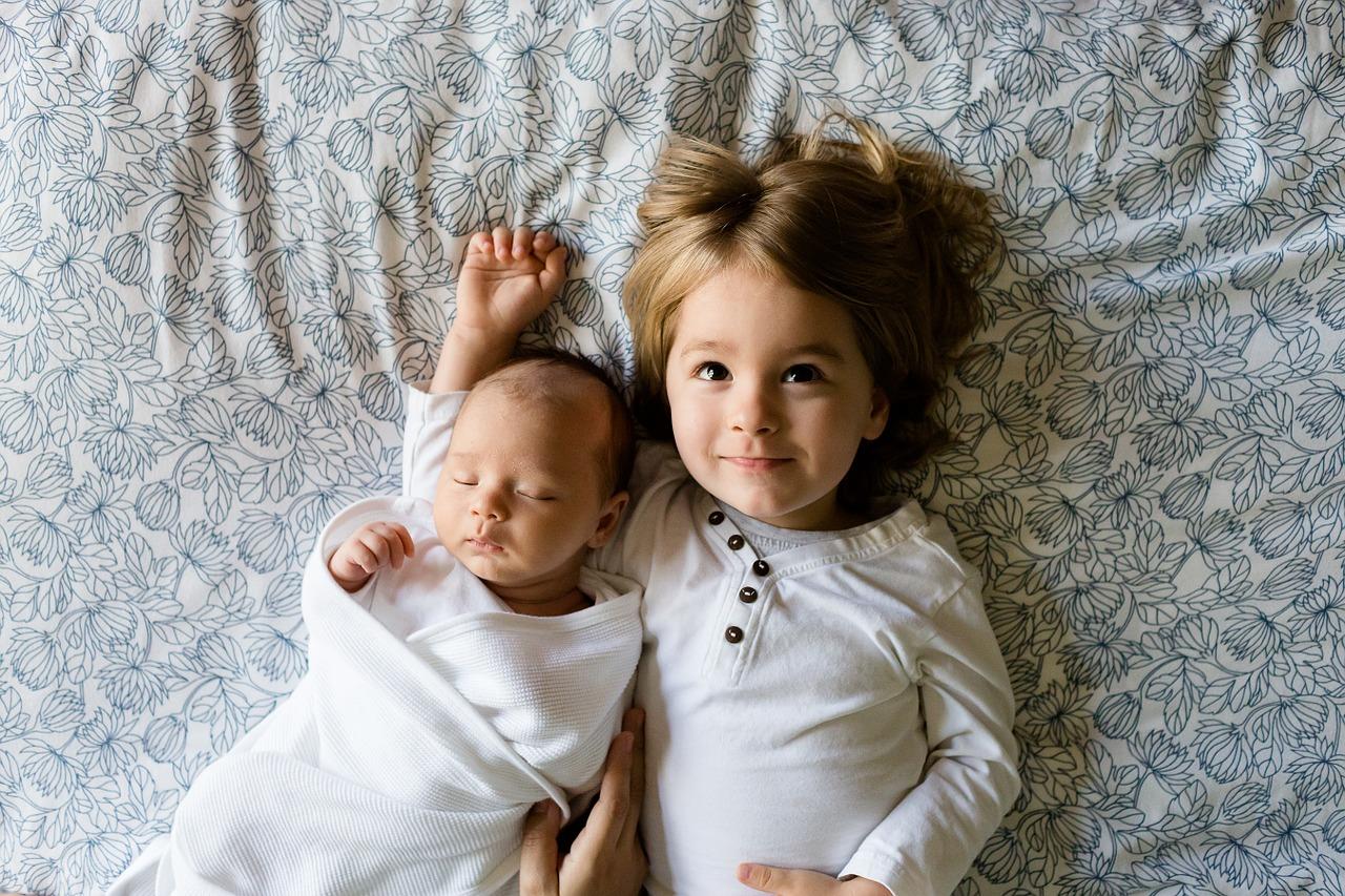 置くるみを使ってモロー反射を防止 ママのお腹の中にいた時を再現することで、赤ちゃんが安心する