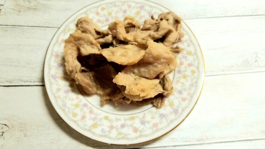 瑞フロムファーム 穂野もち豚コマ(250g)塩だけで焼いた画像